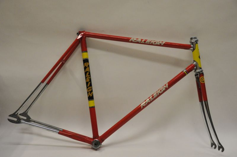 TI-Raleigh, Worksop-built track frame in original finish